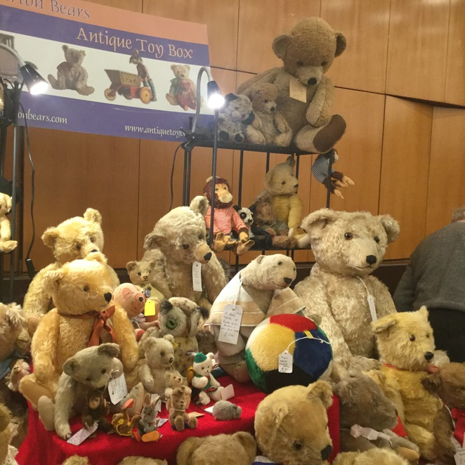 hugglets, teddies, winter fest, antique toy box
