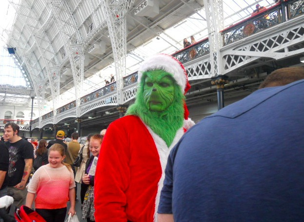 london film and comic convention, winter, kennsington olympia, olympia grand hall, lfcc, the grinch
