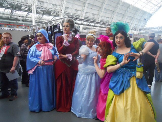 London film and comic convention, winter, kennsington olympia, olympia grand hall, cinderella, cosplay,