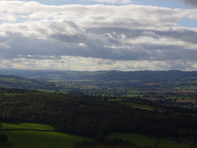 pontesbury hill, earls hill, pontesford hill, shropshire, iron age, hill fort