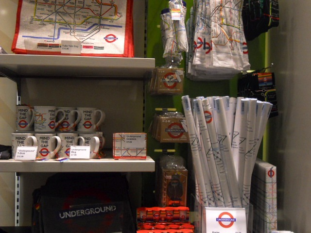 museum of london, gift shop, london underground, tube, map