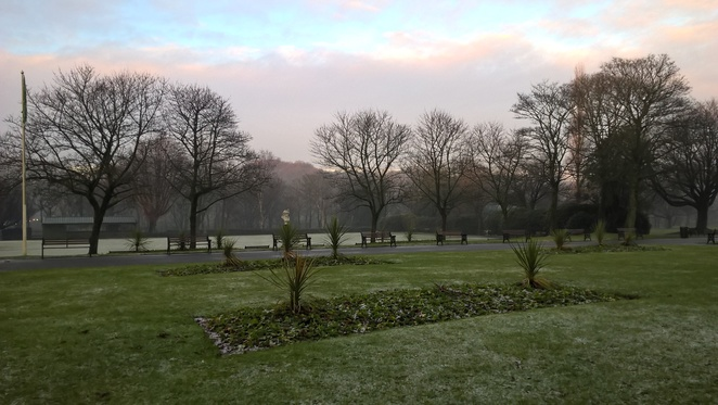 Queen's Park, Heywood, parks, MAnchester, walking, hiking, playing, children, walks, jogging, outdoors, nature, reserve, animals, wildlife,