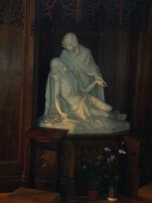 sacred, heart, wimbledon, jesuit, church, pieta