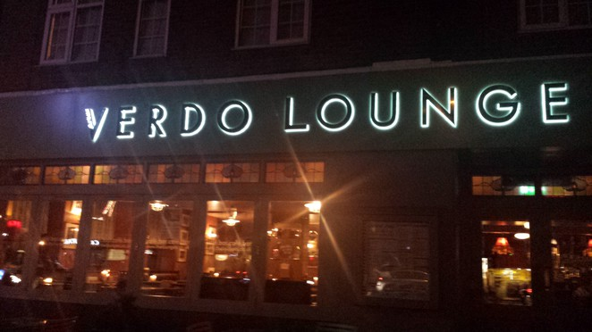 Verdo Lounge, cafe, Loungers