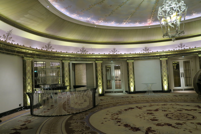 Dorchester Hotel london entranceto ballroom