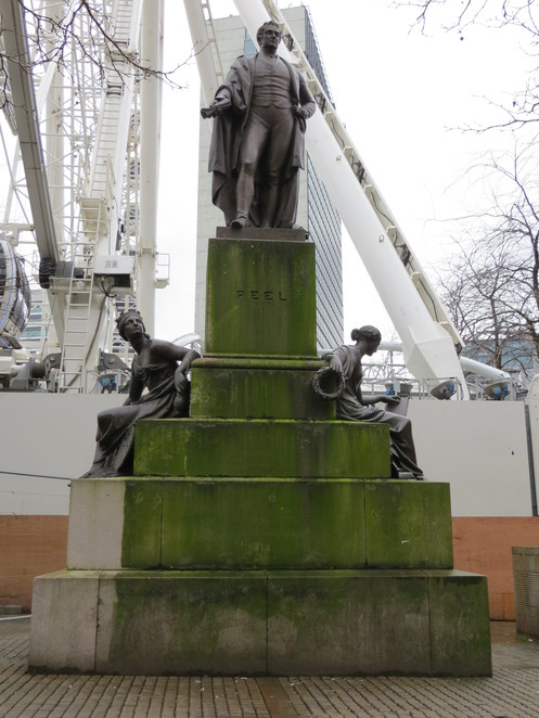 robert, peel, manchester, piccadilly, statue