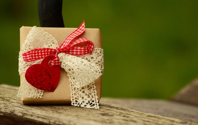 Valentine's Day, gift guide, pixabay, free images no attribution required