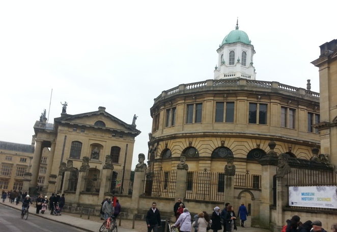 Oxford, walking, museums, sights, university,