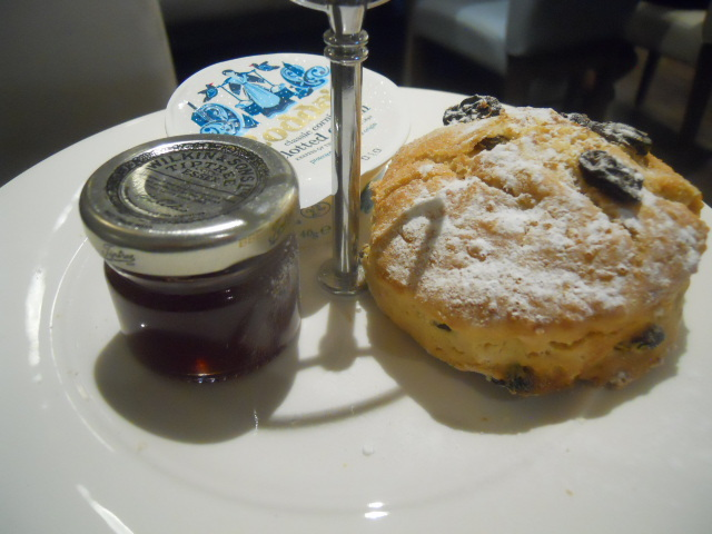 elys, cafe, afternoon tea, scone