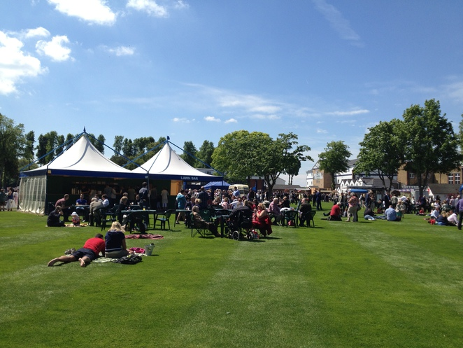 Royal Windsor Racecourse Paddock Lawn