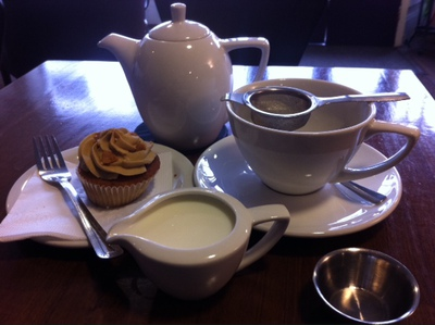 fudge cupcake, loose leaf tea, Time OUt, Thame