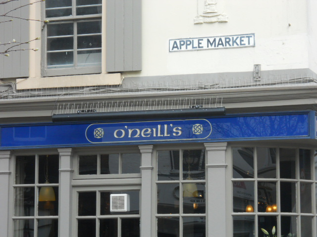 kingston, apple market