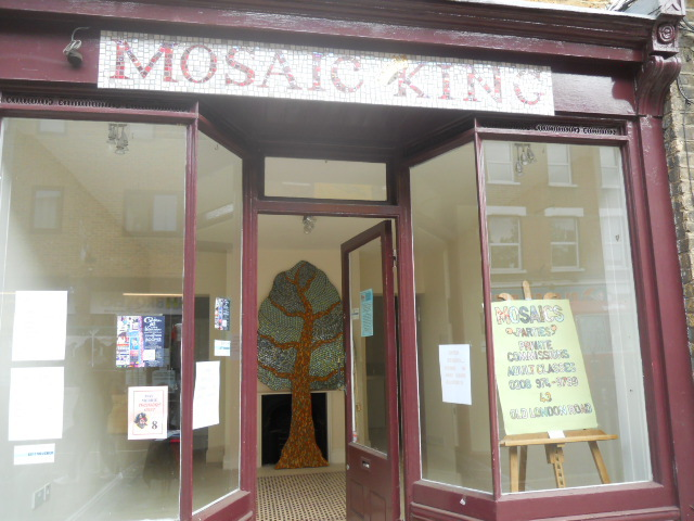 mosaic king, kingston