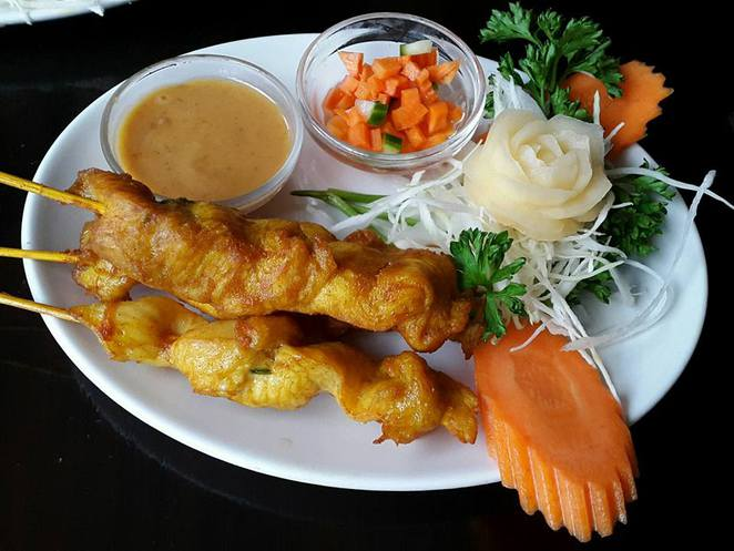 satay, chicken, chicken satay, thai, thai food