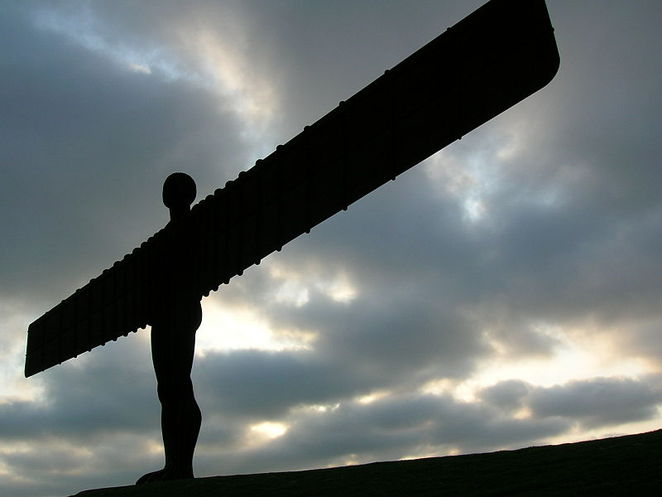 angel north england newcastle north statue landmark weird stange facts UK