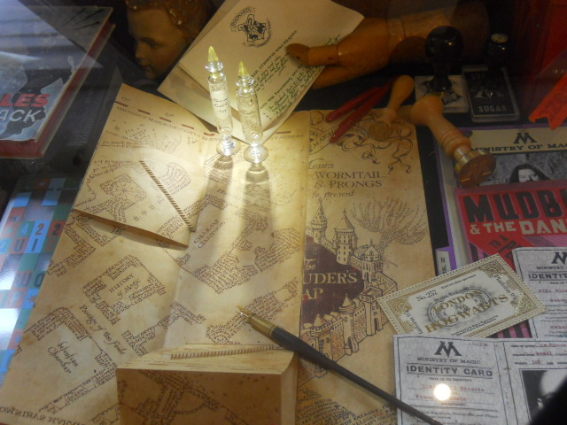 house of minalima, graphic art of harry potter films, hogwarts letter, harry's letter, marauders' map, i solely swear I am up to no good, staircase