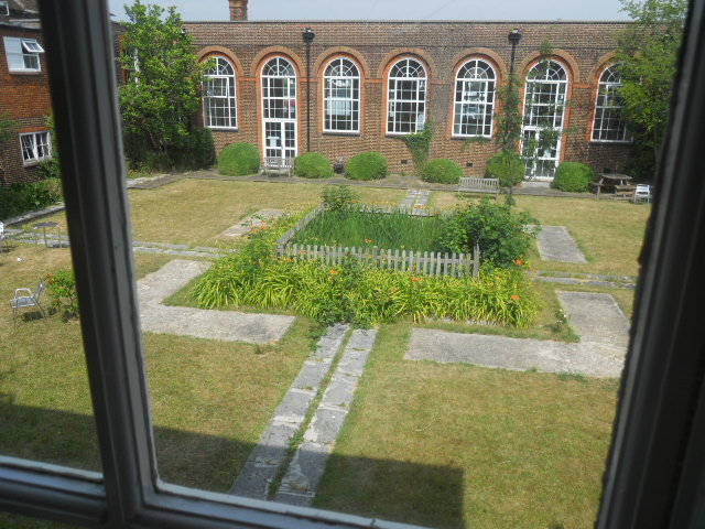 north kingston centre, adult education, sewing classes, garden