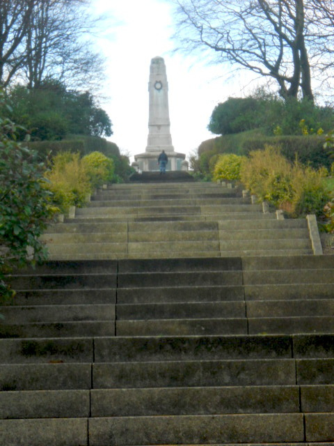 barrow in furness, park, war memorial