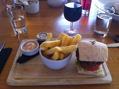 burger, clarice house day spa, day spa food, clarice house restaurant,
