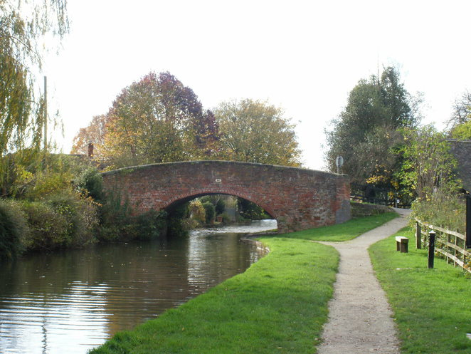 Alrewas, Trent and Mersey Canal