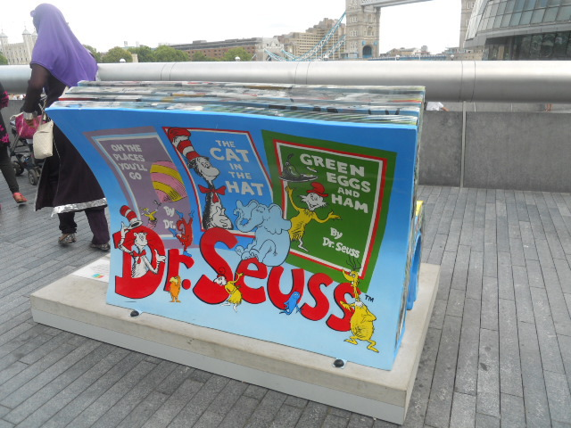 books About town, bench, dr seuss