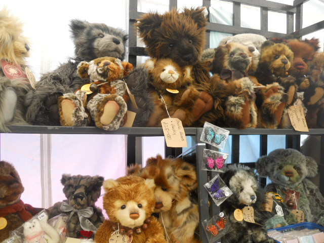 morden hall country show, oakleigh fairs, charlie bears