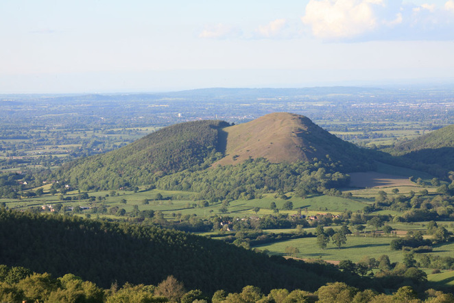 gwyn norrell, pontesbury hill, earls hill, pontesford hill, shropshire, iron age, hill fort