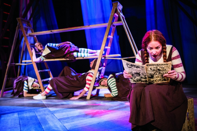 Hetty Feather, Jacqueline Wilson, Birmingham Repertory Theatre, circus, foundling hospital