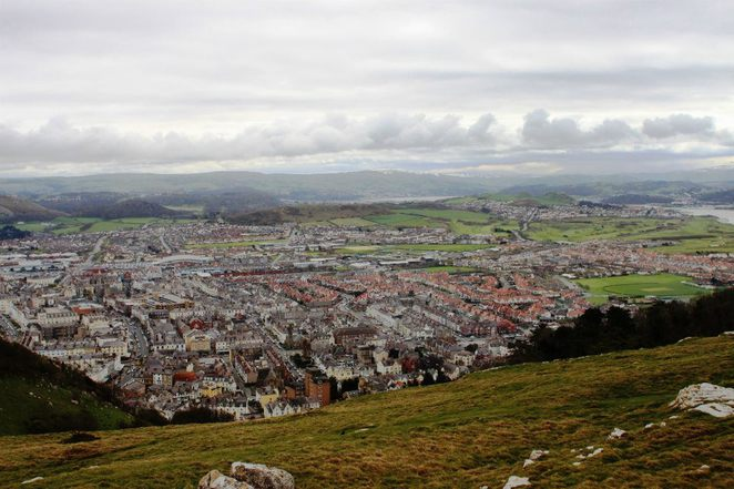 Llandudno Rope way, View from the Llandudno rope wayShorts breaks in UK, Things to see in Wales, Bank Holiday ideas