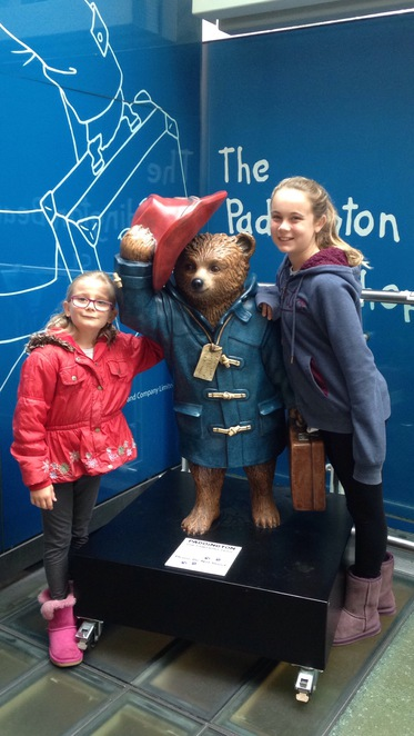 paddington station, paddington bear, statue at paddington station,things to do in Paddington,