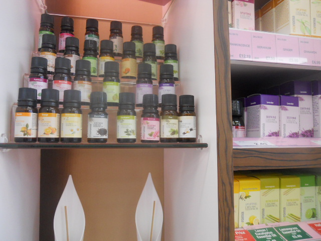 holland & barrett, aromatherapy, essential oils