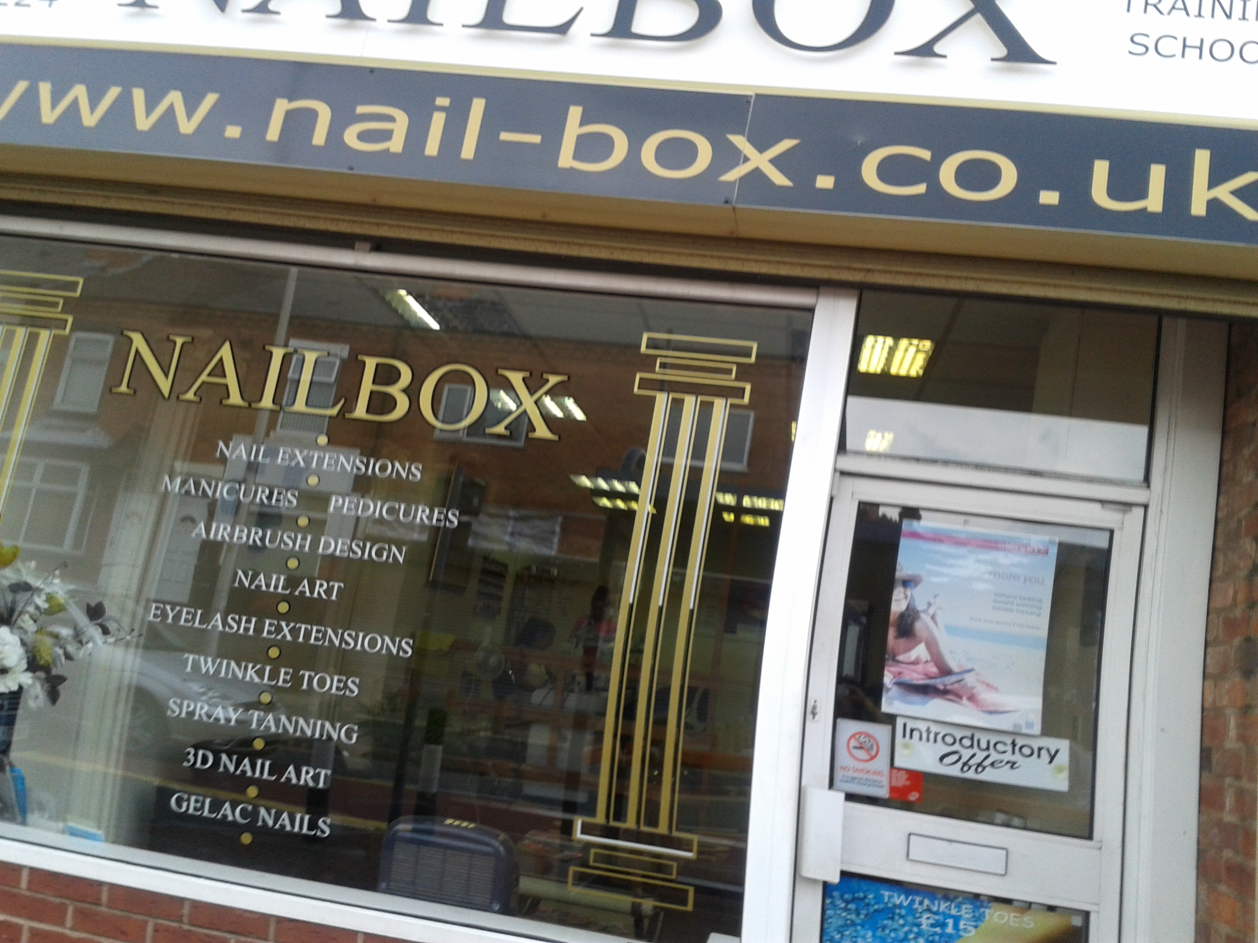 Nailbox beauty salon birmingham for Hair salon birmingham