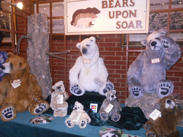 hugglets, kensington town hall, teddies winter bearfest, bears upon soar
