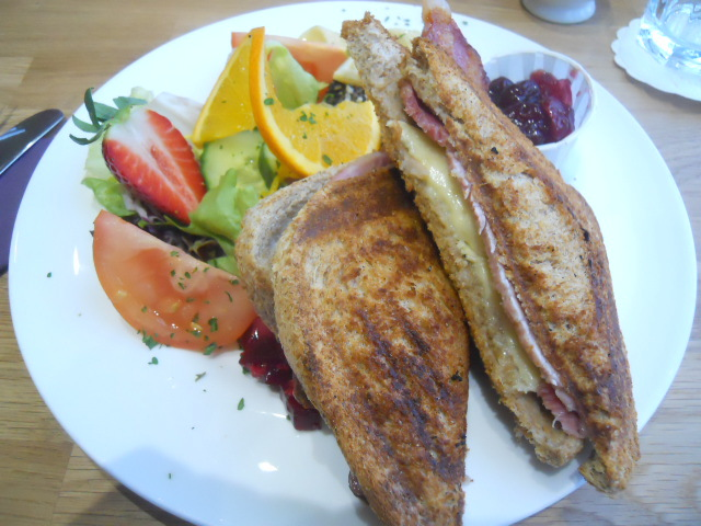 grange over sands, grange, hazelmere cafe and bakery, tearoom, bacon and cranberry sandwich
