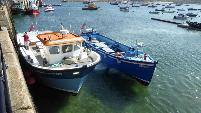 isles of scilly, st mary's, st marys, hughtown, scillonian, skybus, speros, day tripper boats