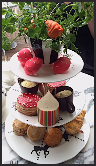 mad hatter's afternoon tea, sanderson hotel afternoon tea, sanderson hotel high tea, alice in wonderland afternoon tea, best high tea in london, best afternoon tea in london, mad hatter's afternoon tea review