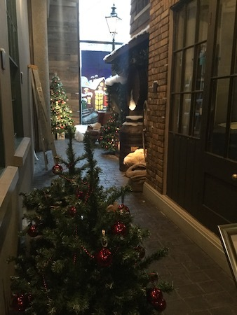 museum of London, victorian grotto, Christmas, Christmas tree