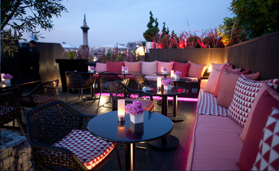Trafalgar Hotel date dating view panorama bar vista night sunset romantic london nelson's column