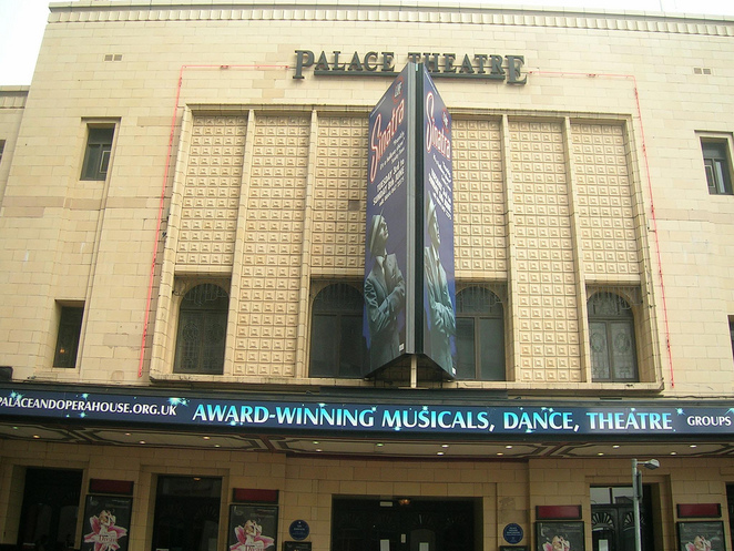 Palace theatre, theatre, shows, plays, musical, Vampires rock, anthem, Manchester