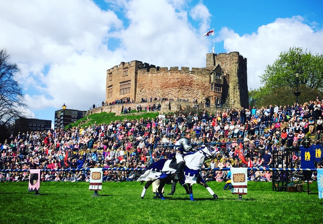 St George's Day, Tamworth Castle