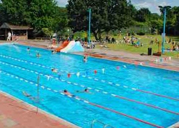 London 39 s best lidos london for Outdoor pool london