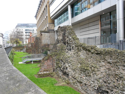 Roman ruins, walkway off London Wall